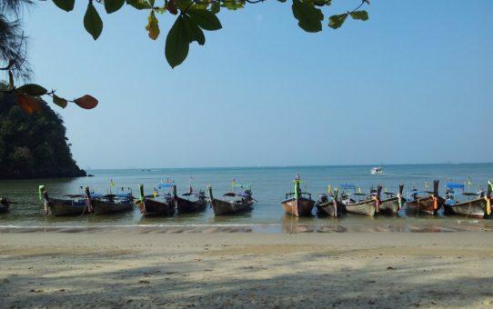 Volando a Krabi: Playa de Ao Nang