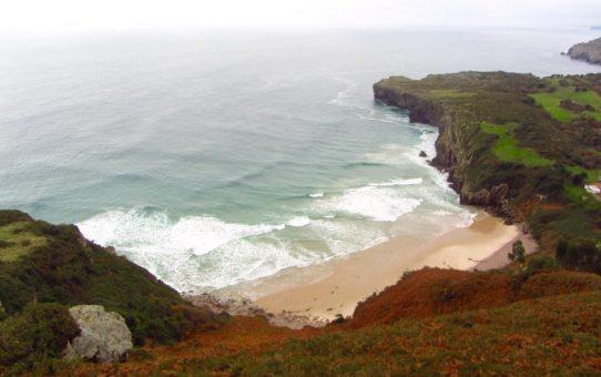 Mirador de Tina Menor y Playa de Pechón