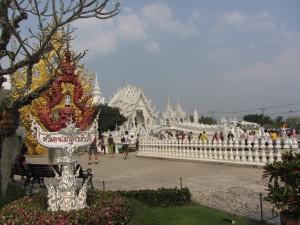 Templo blanco entrada