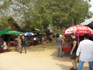 Puestos en Laos