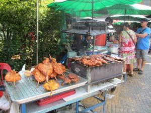 Puesto pollo en Bangkok