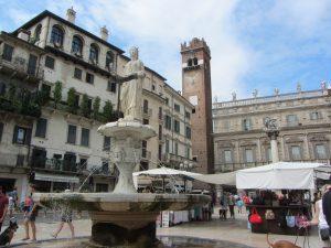 fuente de la Madonna en Verona