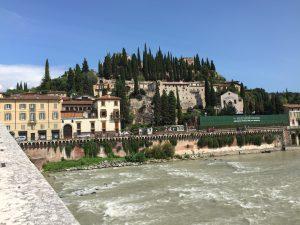 Ponte di Pietra en Verona
