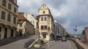 Subida al castillo de Bratislava