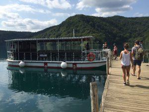 Barco Plitvice en Croacia