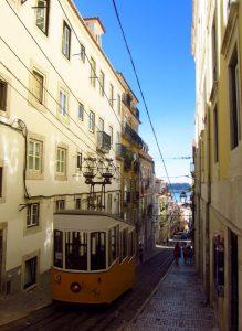 Barrio alto Lisboa tren