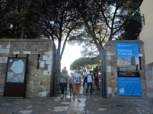 Castillo de San Jorge entrada Lisboa