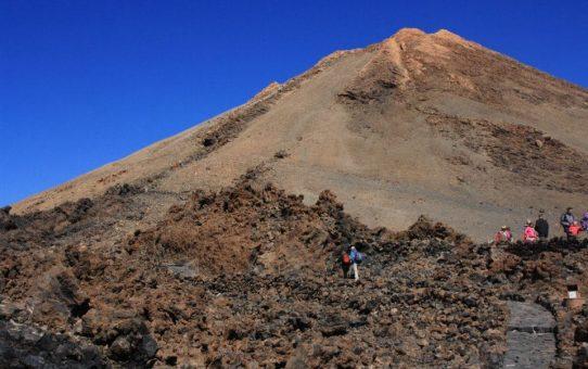 Excursión al Teide, La Orotava y Alfombras del Corpus