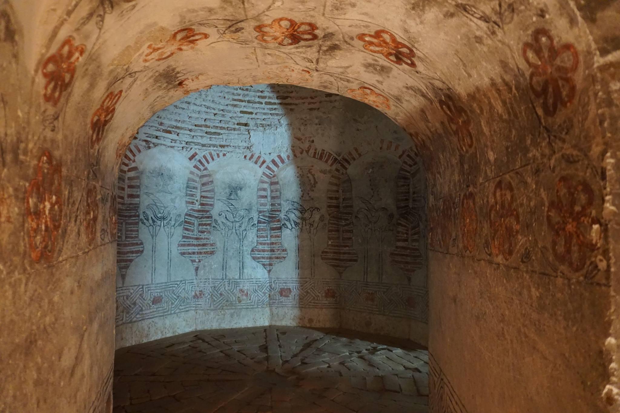 Sala de los jarros del castillo de Coca