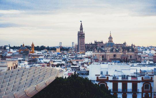 ¿Qué color tiene Sevilla? Descúbrelo!!